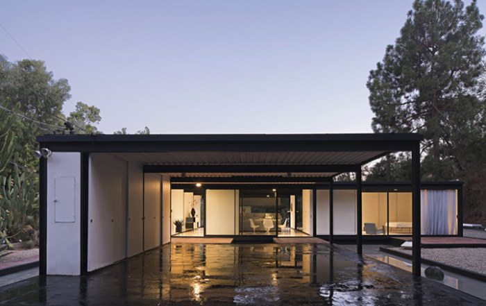 Case Study House #21 by architect Pierre Koenig in the Hollywood Hills