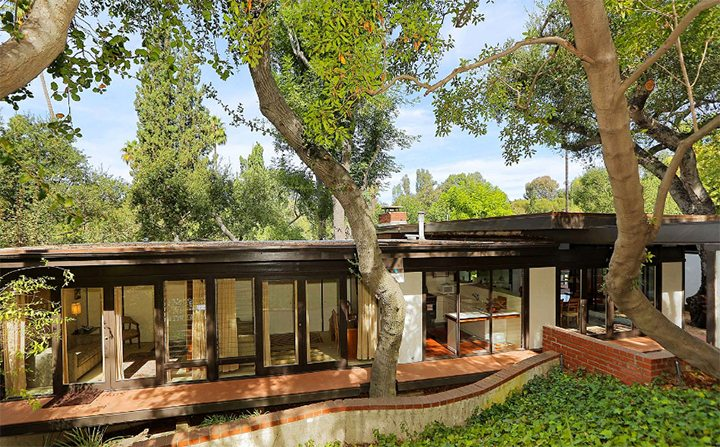 Classic Midcentury Modern Known as the Dubnoff Residence designed by Buff and Hensman in Pasadena