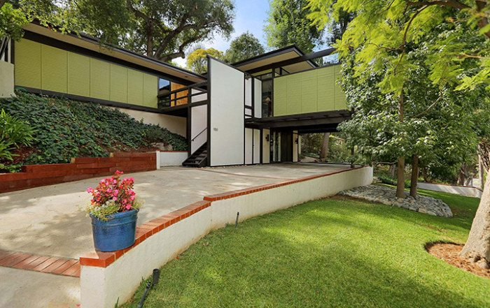 Dubnoff Residence by architects Buff and Hensman in Pasadena