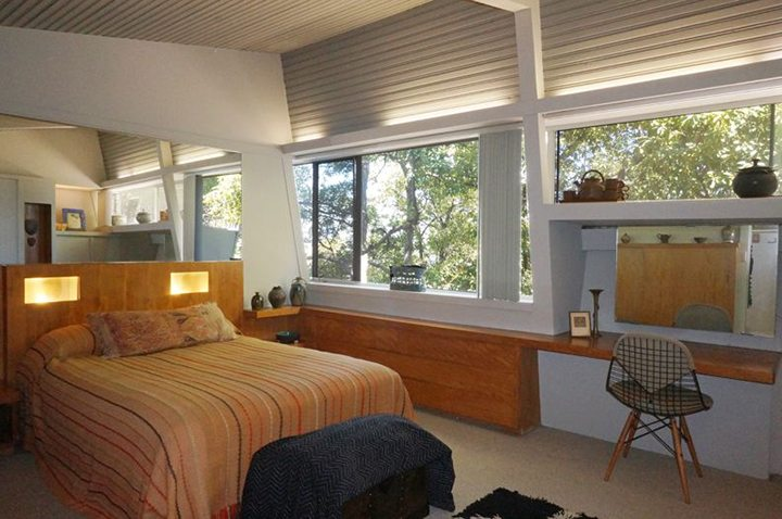 kallis-sharin-residence-rudolph-schindler-bedroom-hollywood-hills