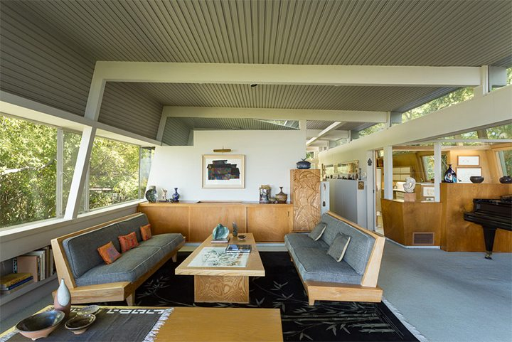 Kallis-Sharlin Home by Rudolph Schindler in the Hollywood Hills