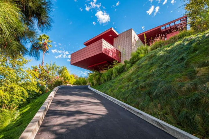A Rare Opportunity To Own A Mid Century Modern Masterpiece