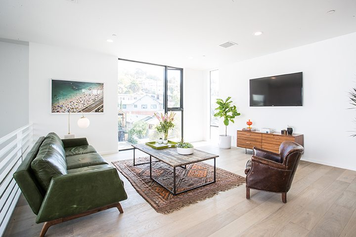 Modern small lot development in Silver Lake, CA by Barth Partners