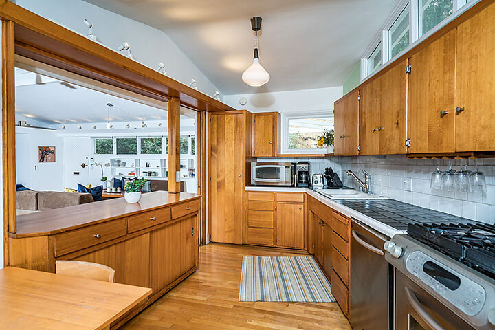 Mid Century Modern Hollywood Hills Home For Sale