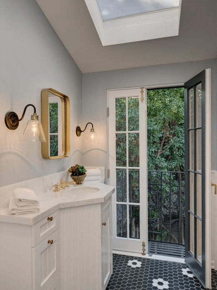 French Colonial For Sale in Los Feliz 90027 Near Griffith Park