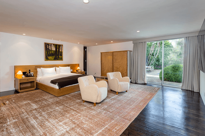 Midcentury by Robert Skinner in the Trousdale Estates, Beverly Hills, CA