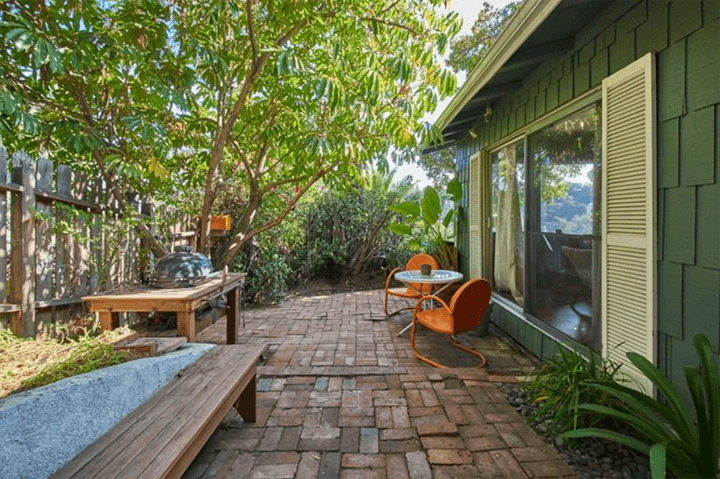 Bungalow For Sale in Silver Lake, CA