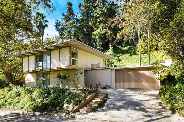 Midcentury For Sale in The Oaks