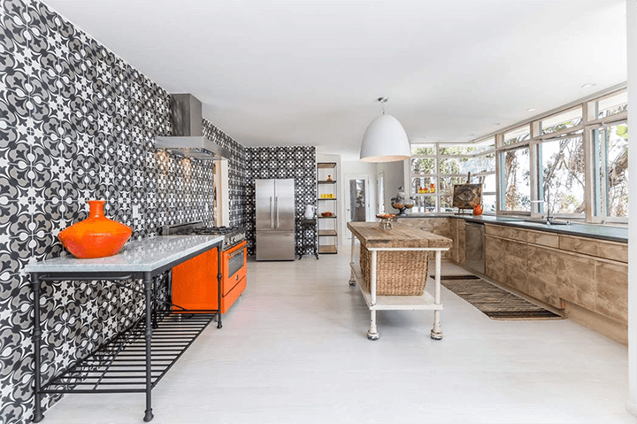 Contemporary Home For Sale in Silver Lake, CA