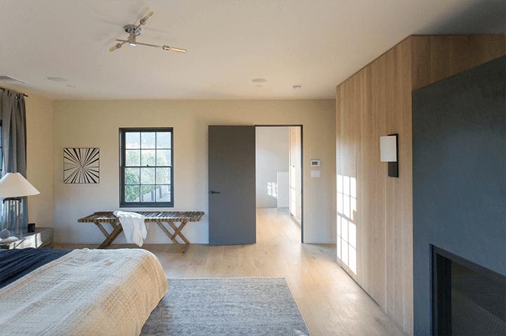 Simo Design Home For Sale in Hancock Park