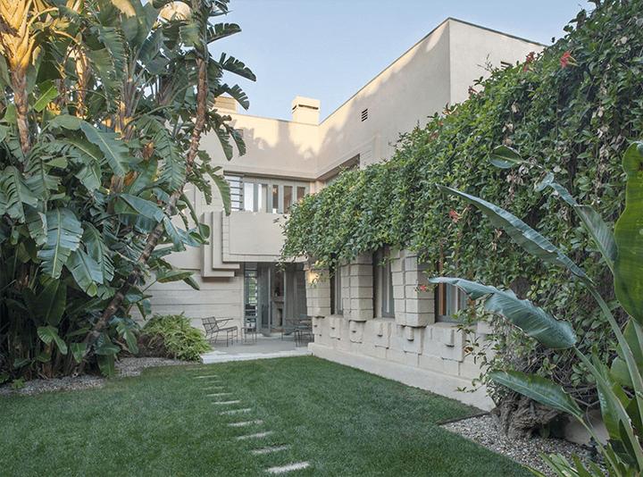 Lloyd Wright's Henry Bollman Residence built in 1923