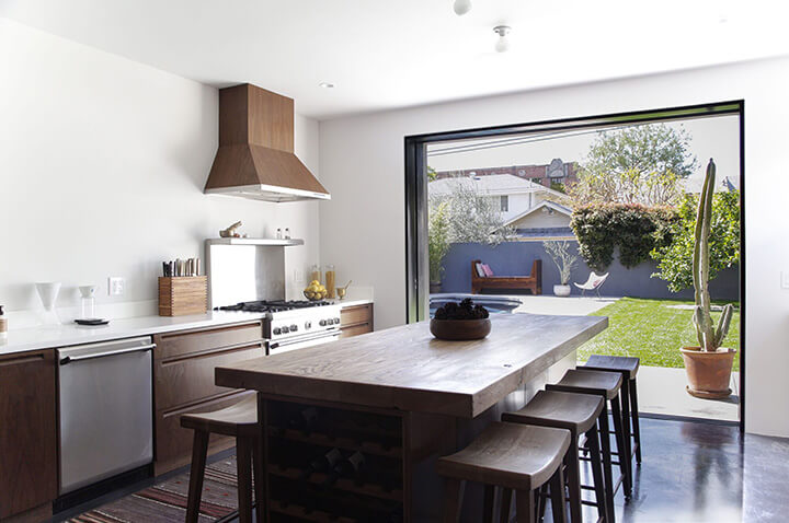Modern home for sale in Los Feliz by New Theme