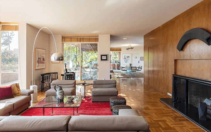 C. Raimond Johnson AIA moderne home for sale in the Hollywood Hills