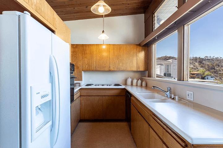 Midcentury modern home by Burnett C. Turner for sale in Los Feliz 90027