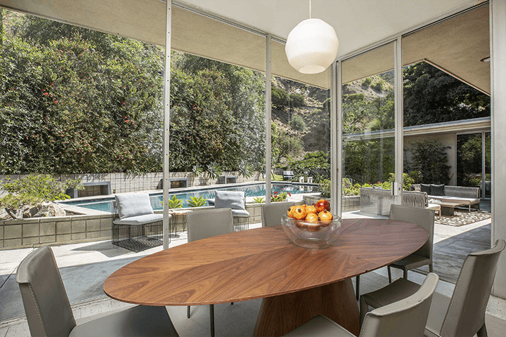 Modernist dwelling for sale in Beverly Hills by architect Charles G. Kanner