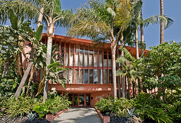 Hollywood Riviera midcentury complex designed by architect Edward Fickett