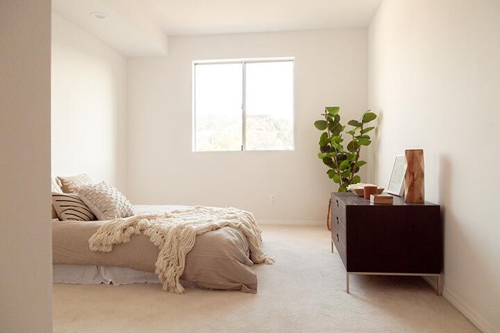 Penthouse unit for sale at The Woodbridge complex in Studio City