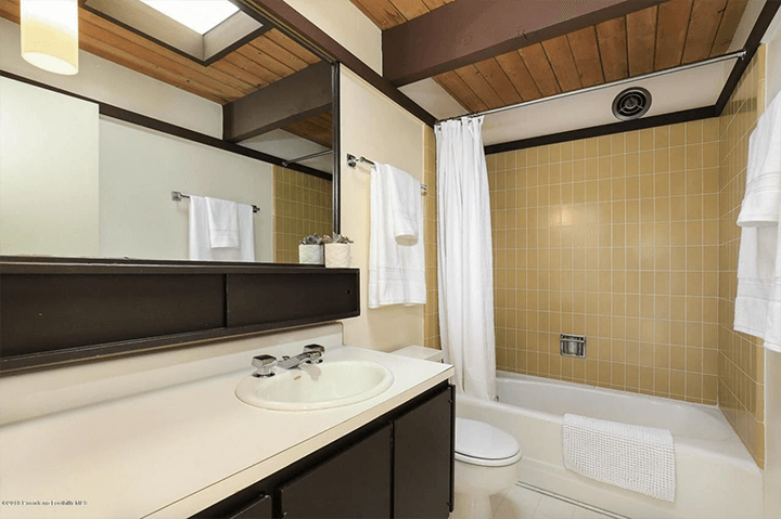 Buff & Hensman mid-century modern home for sale in La Canada
