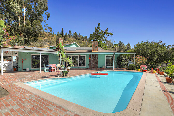 Retro midcentury modern home for sale in Eagle Rock