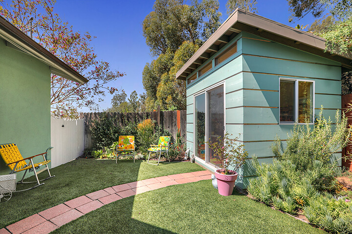 Midcentury modern house for sale in Eagle Rock CA