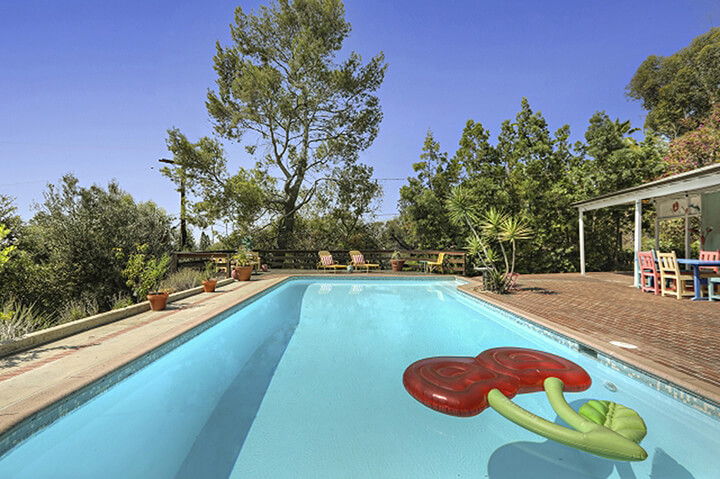 Midcentury modern house with a pool for sale in Eagle Rock CA
