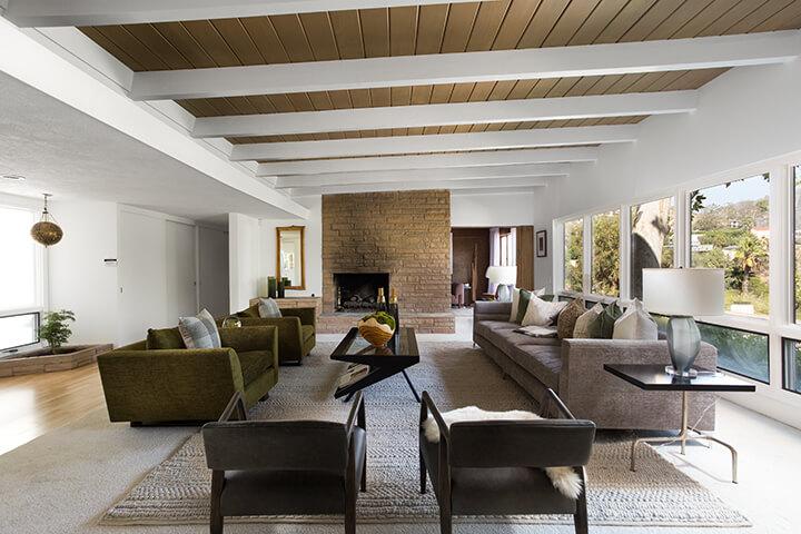 Midcentury home for sale in the Los Feliz Oaks