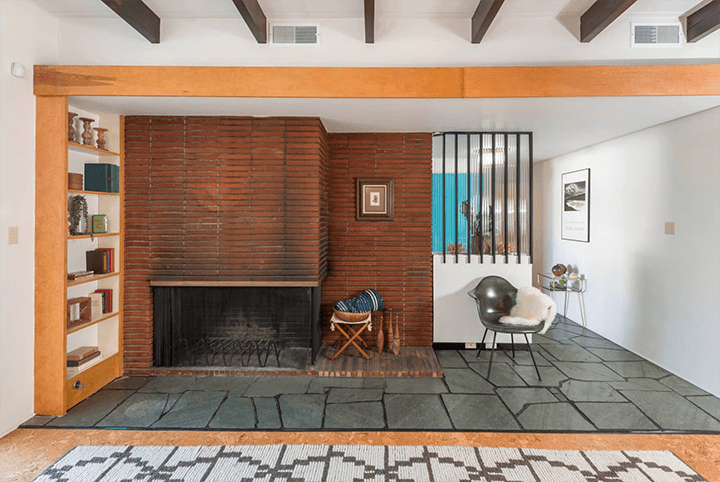 Midcentury modern dwelling for sale in the Cahuenga Pass