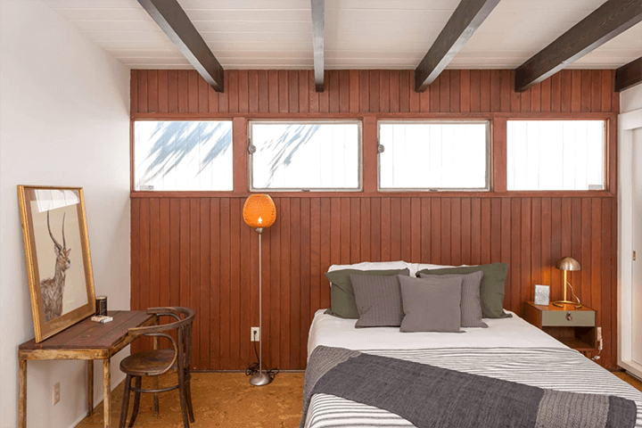 Midcentury modern home for sale above Universal City