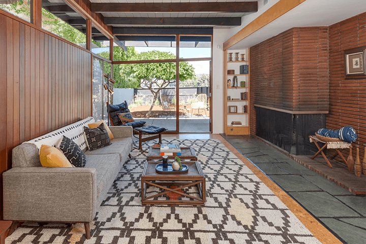 Midcentury modern home for sale in the Cahuenga Pass