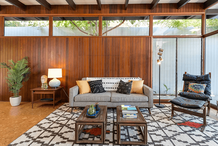 Midcentury modern residence for sale in the Cahuenga Pass