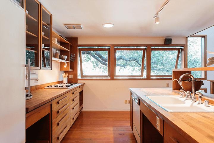 Inside architect Barry Gittelson's modern home for sale
