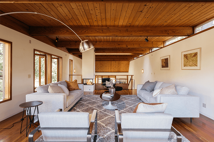 Modern home for sale by Barry Gittelson