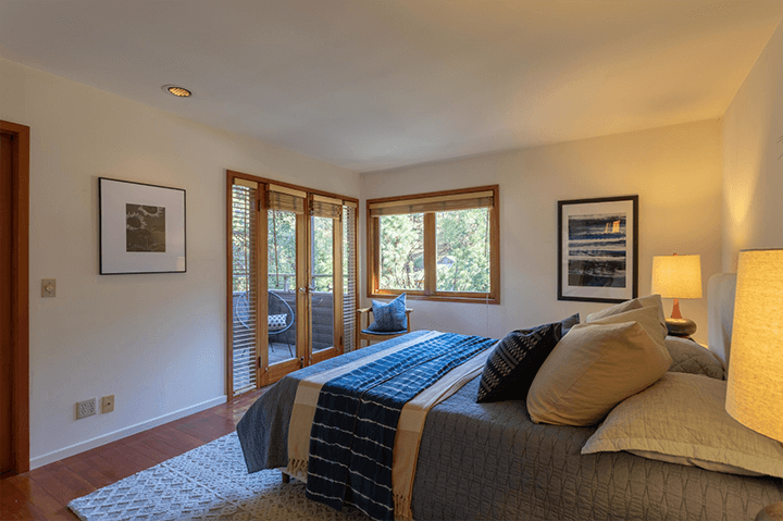 Modern home for sale by Barry Gittelson in Laurel Canyon 90046