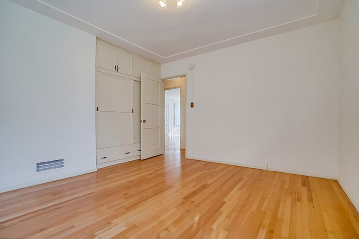 Two-bedroom apartment for lease in Mid LA