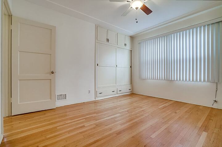 Two-bedroom apartment for lease in South Carthay Los Angeles CA