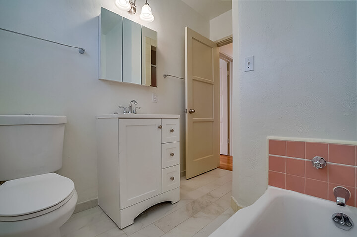 Two-bedroom apartment for rent in South Carthay LA