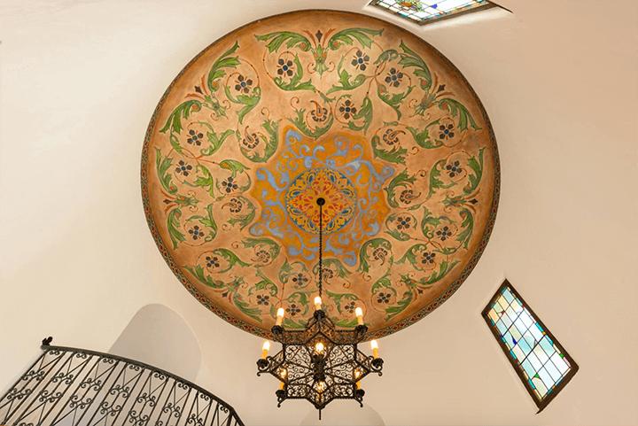 Andalusian-style estate in Los Feliz CA 90027