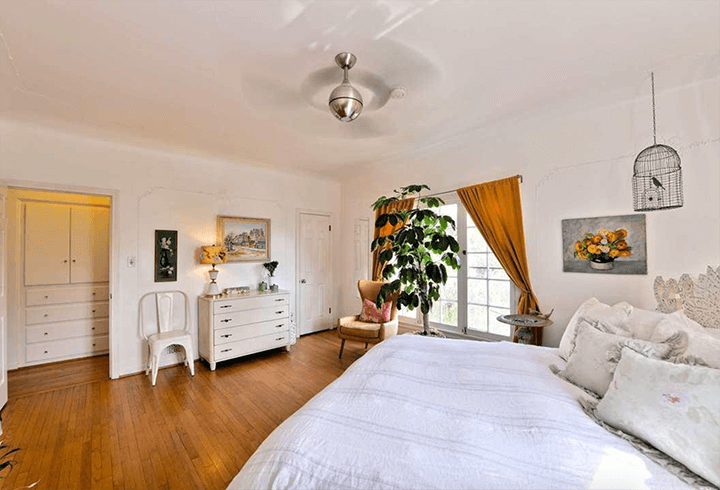 Beachwood Chateau Townhouse for sale in LA