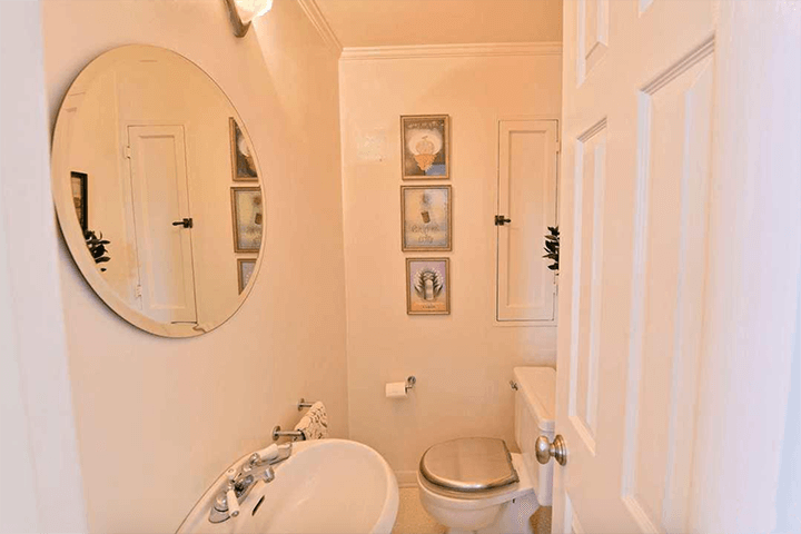 Chateau Beachwood Townhouse for sale in the Hollywood Hills