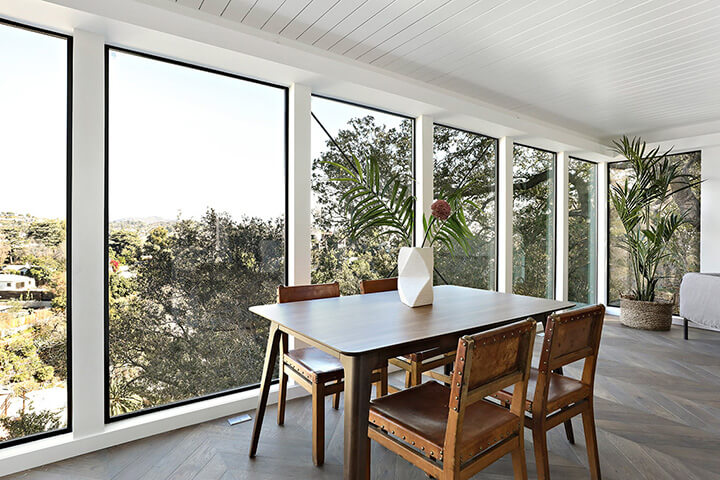 Midcentury modern home for sale in Laurel Canyon