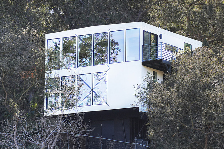 Treehouse midcentury modern residence in Laurel Canyon