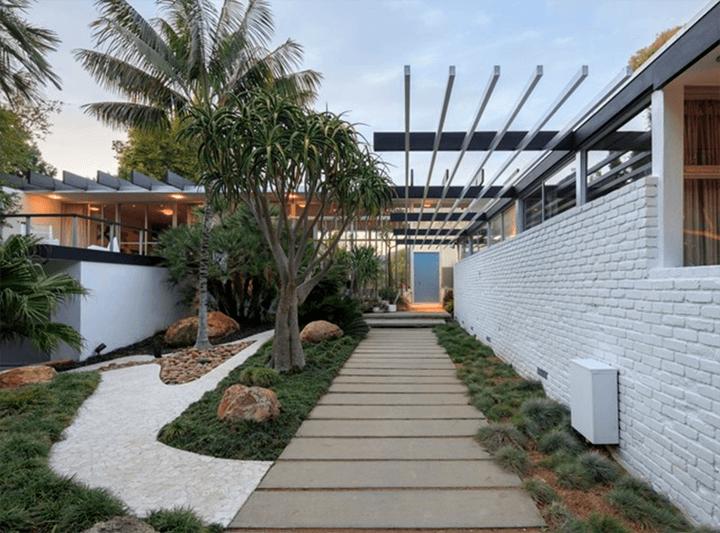 Oscar Niemeyer's only US Residence