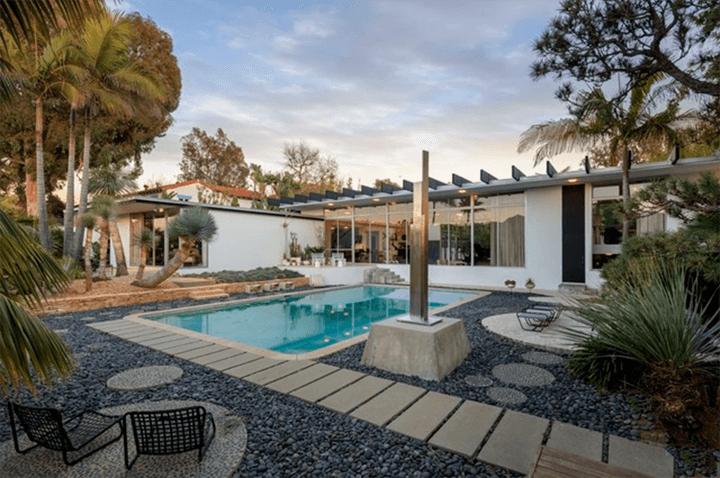 The Strick House by Oscar Niemeyer located in Santa Monica