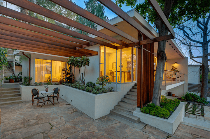 The Thomas House in Silver Lake CA by graphic designer Alvin Lustig