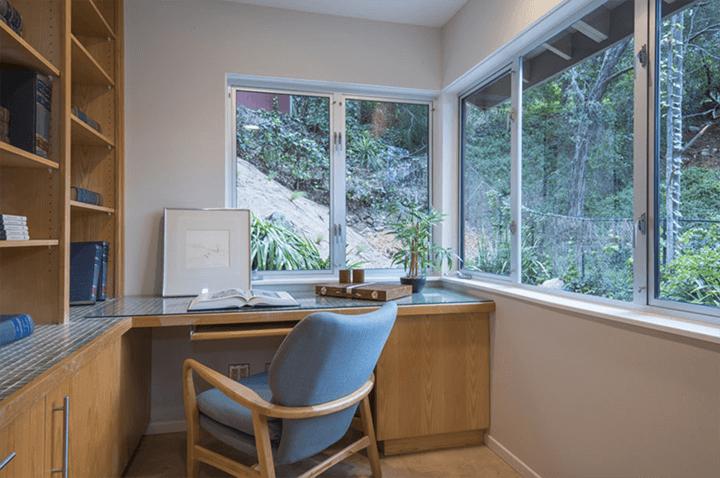 Edward Ted Grenzbach-designed home in Pasadena CA 91103