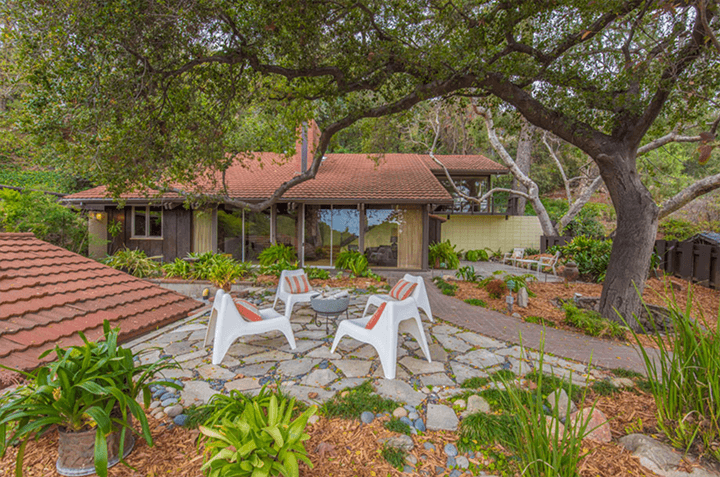 Edward Ted Grenzbach-designed home in Pasadena Californa
