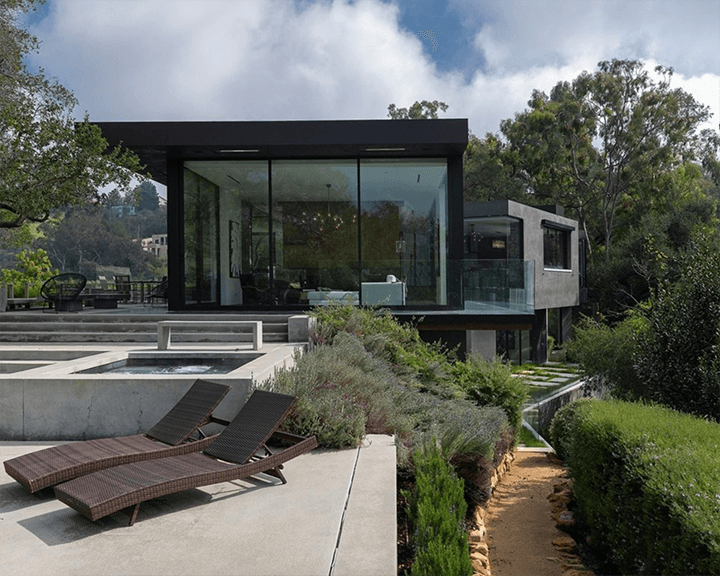 The Oak Pass House in Beverly Hills by Walker Workshop