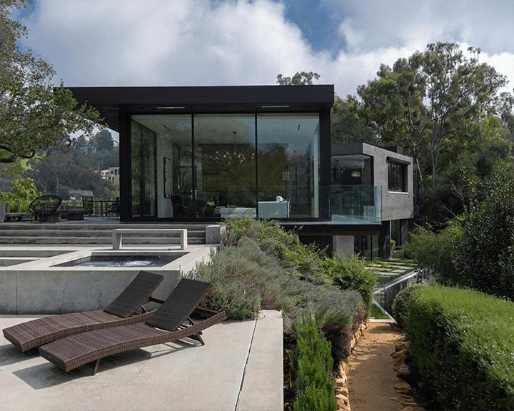 The Oak Pass House in Beverly Hills by Walker Workshop