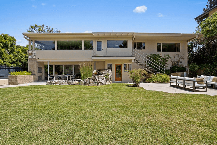 Mid-century home by Eugene Woods for sale in Silver Lake