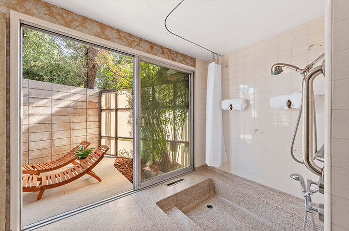 Midcentury modern fixer home for sale in Laughlin Park